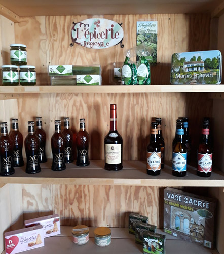 camping with groceries marais poitevin